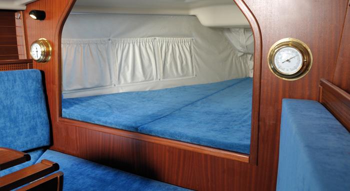 die schaumstoffschwestern boots und wohnwagenpolster. Black Bedroom Furniture Sets. Home Design Ideas